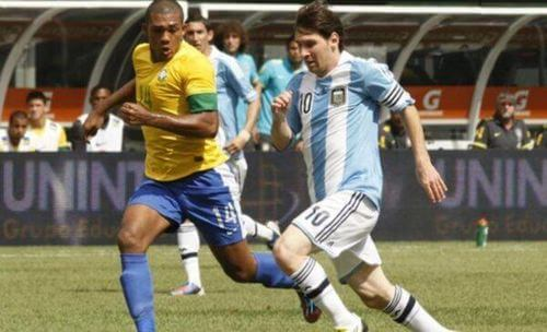Gol di Messi per il Brasile.