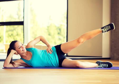 4 esercizi per ridurre il grasso sulle gambe
