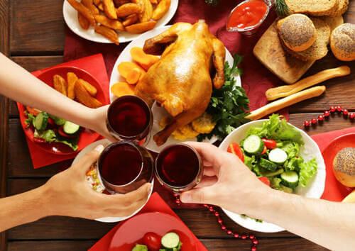 3 consigli per non mangiare troppo a Natale