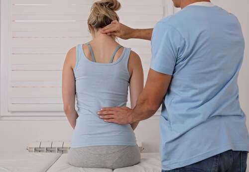 Visita dal fisioterapista.