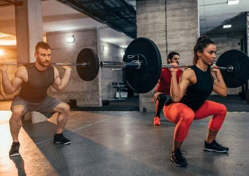 Qual è la differenza tra allenamento funzionale e tradizionale?