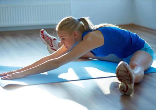 3 tipi di stretching per iniziare bene la giornata
