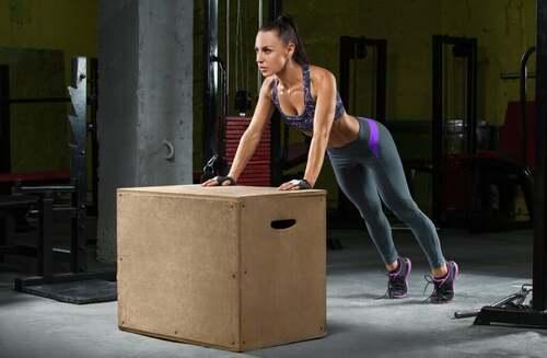 6 esercizi di CrossFit con il box pliometrico