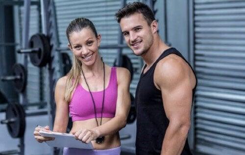 筋肉のデフィニションのためのルーティン