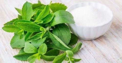 天然の甘味料「ステビア」は健康に良いってホント?