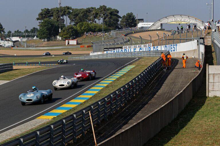 1955年に起きたル・マン24時間レースの悲劇