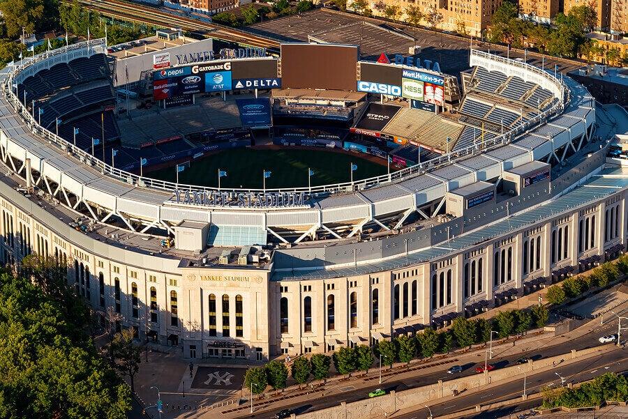 アメリカで人気のベースボールスタジアム6選 ヤンキースタジアム