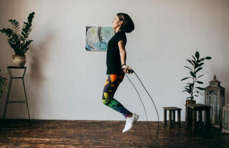 自宅での運動に役立つフィットネスチャンネル 縄跳び