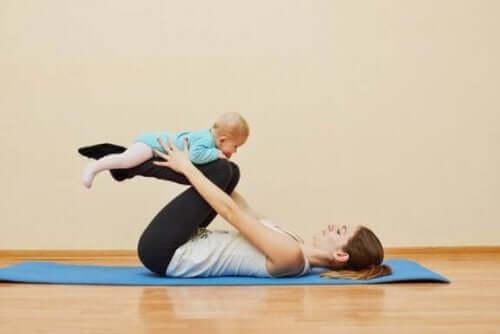 【いつから?どうやって?】産後の運動を行う時期と方法