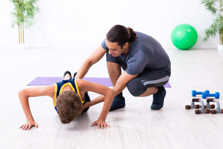 親が子供のスポーツに与える影響とは?