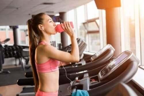 脂肪燃焼に役立つ中程度の有酸素運動を行う方法