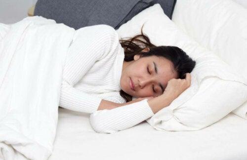 眠れないのはなぜ? 睡眠の問題が起こる理由