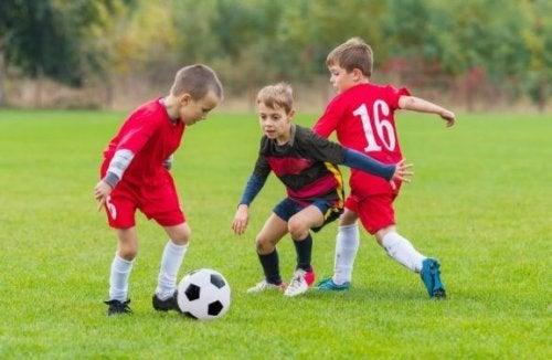 운동하는 아이를 위한 영양 조언