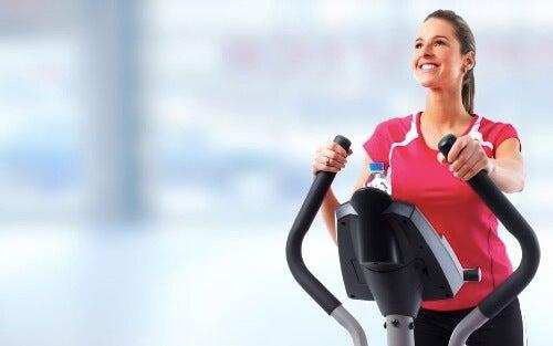 일립티컬과 달리기 중 무엇이 더 효과적일까?