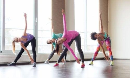 허리선을 다듬어주는 최고의 운동 6가지
