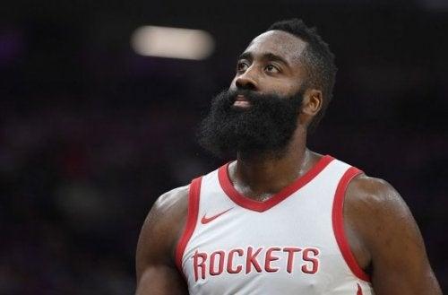 NBA 제임스 하든의 경기 스타일 분석