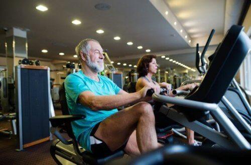 리컴번트 바이크 타기는 효율적인 운동일까?