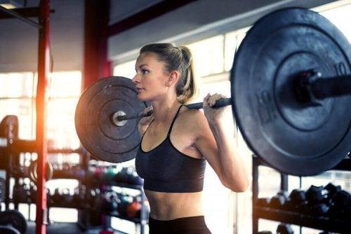 근육을 분해하는 이화 작용의 원인과 예방법