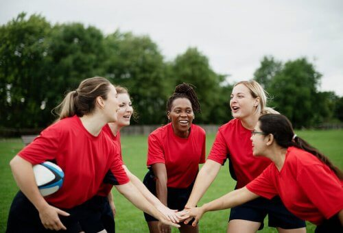 단체 운동에서의 경쟁심과 협동 관계