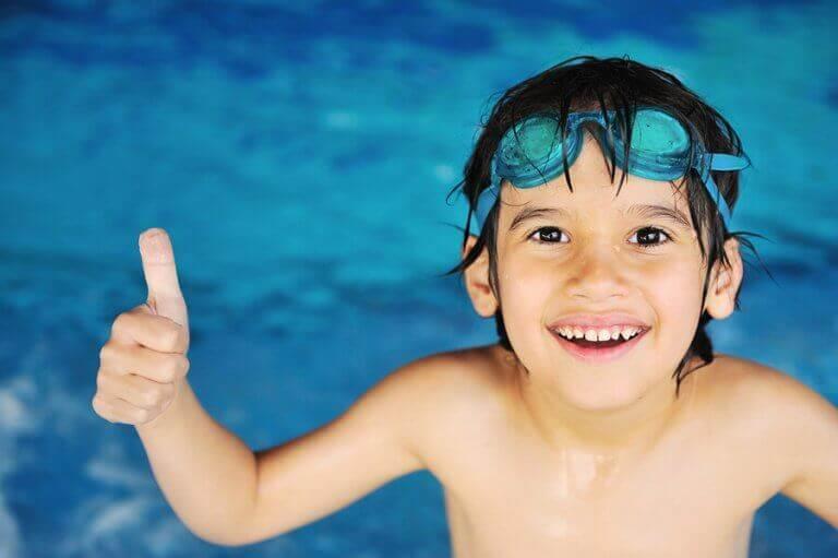 수영장 안전 요원의 의무