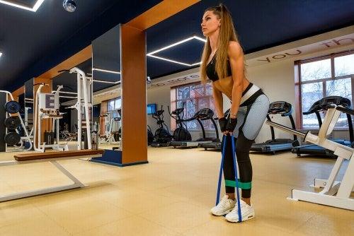 근육을 크게 만드는 펌핑 운동 방법