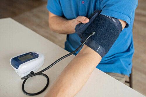 고혈압 수치 조절에 도움이 되는 운동