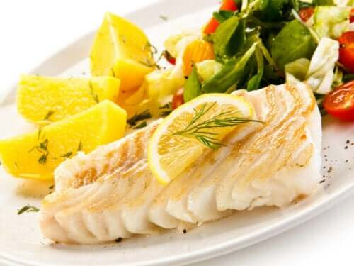 생선과 채소를 주재료로 하는 무르시아 식단