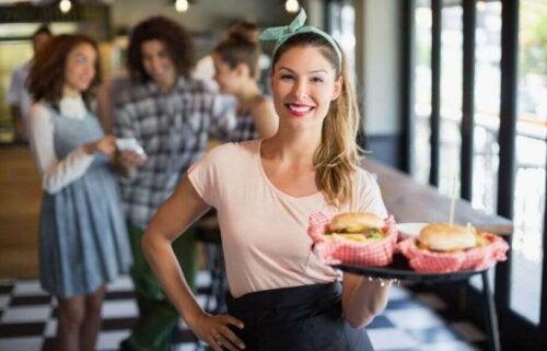 패스트푸드를 건강하게 먹는 6가지 방법