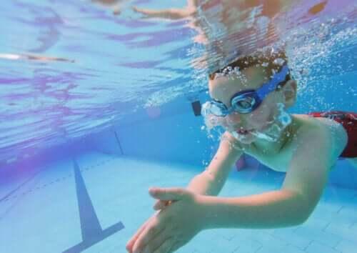 물에서 하는 운동이 어린이에게 주는 이점