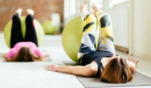 Oppdag de 4 beste fordelene med pilates øvelser