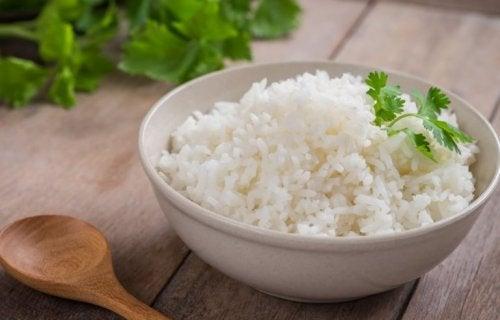 En bolle med ris.