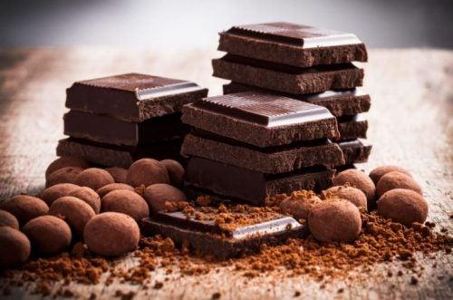 Mørk sjokolade er rik på magnesium.