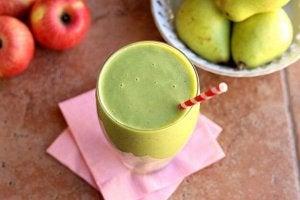 Grønne sunne drikker.