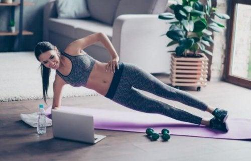 Definerte magemuskler, hvorfor er det så vanskelig å få?