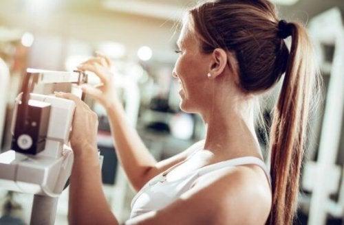 Åtte enkle måter å få mindre kroppsfett