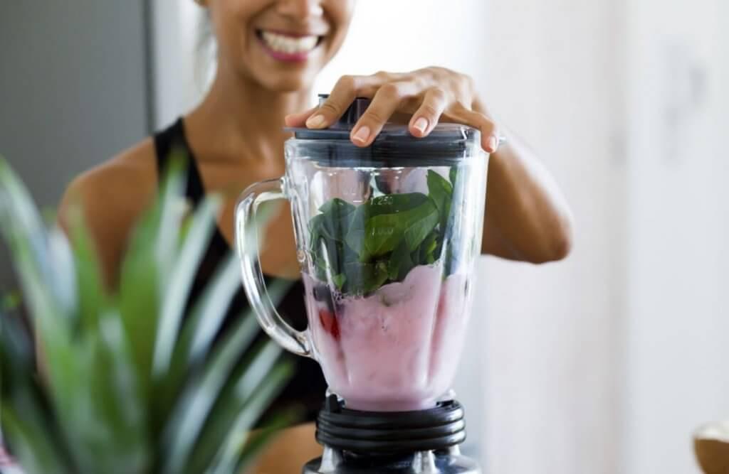 Drikker som hjelper deg med å forbrenne fett