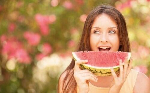 Helsefordelene med vannmelon er mange