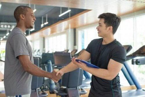 Be om rådgivning om du ønsker å øke muskelmassen din raskt
