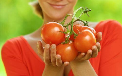 Supermat med få kalorier, vi snakker om tomater