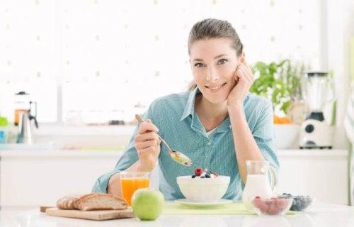 Slik starter du en sunn diett for å miste vekt