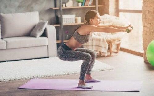 Jevnlig trening hjemme: Tren setemuskler og ben