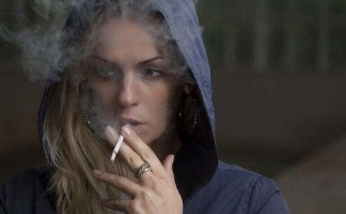 Hvordan røyking påvirker lungene dine.