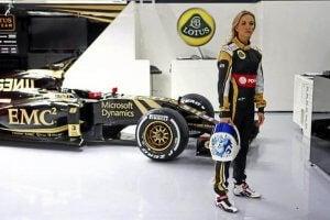 Bilde av kvinnelig Formel 1 fører.