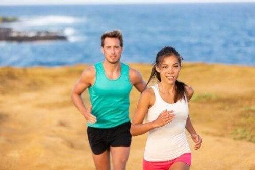 Fordeler og ulemper ved treningsformen løping