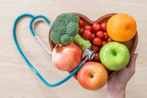 Sunn frukt med vitaminer og mineraler