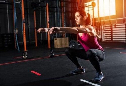 Fem øvelser for ben og rumpe uten utstyr