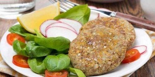 Smakfulle vegetarburgere med røde linser