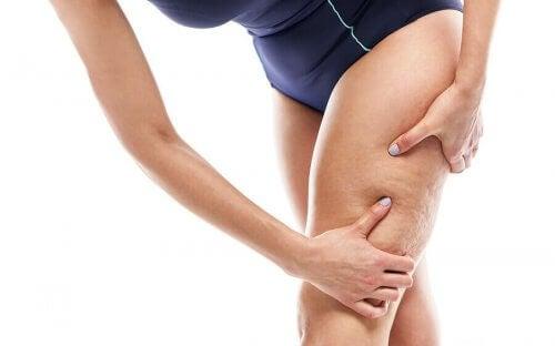 De beste treningsøktene og øvelsene for å bli kvitt cellulitter