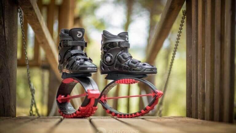 Kangoo Jump-støvler for morsom lufttrening