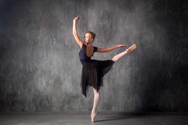 Fysiske egenskaper utviklet av klassisk dans